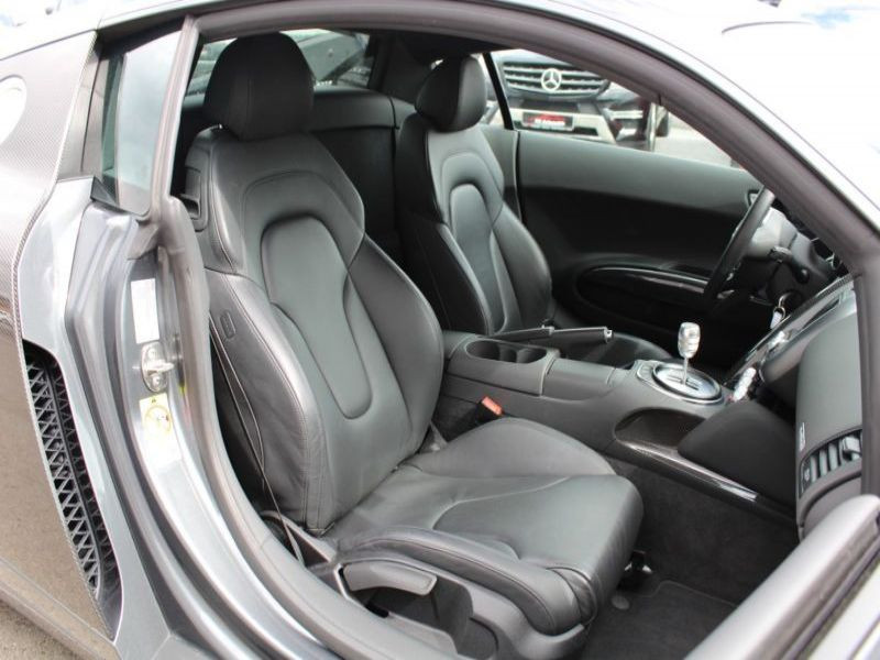 Audi R8 4.2 FSI Quattro 420 Gris occasion à BEAUPUY - photo n°4
