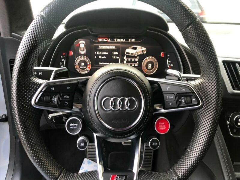 Audi R8 5.2 FSI V10 plus Quattro 610 Gris occasion à BEAUPUY - photo n°6