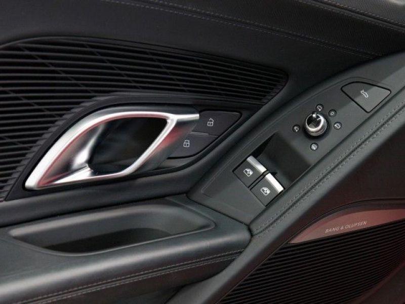 Audi R8 5.2 FSI V10 plus Quattro 610 Rouge occasion à Beaupuy - photo n°9