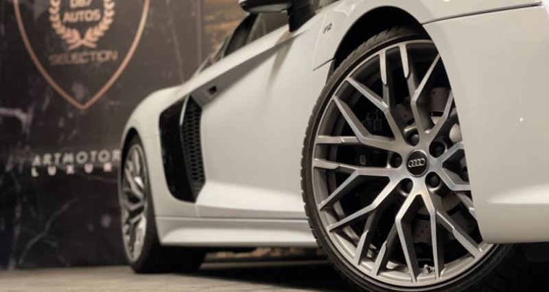 Audi R8 5.2 V10 FSI 540 QUATTRO S TRONIC Blanc occasion à GUERANDE - photo n°4