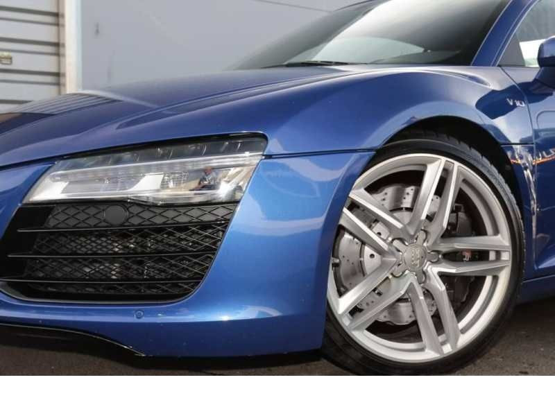 Audi R8 V10 5.2 FSI 525 ch S Tronic Bleu occasion à BEAUPUY - photo n°9