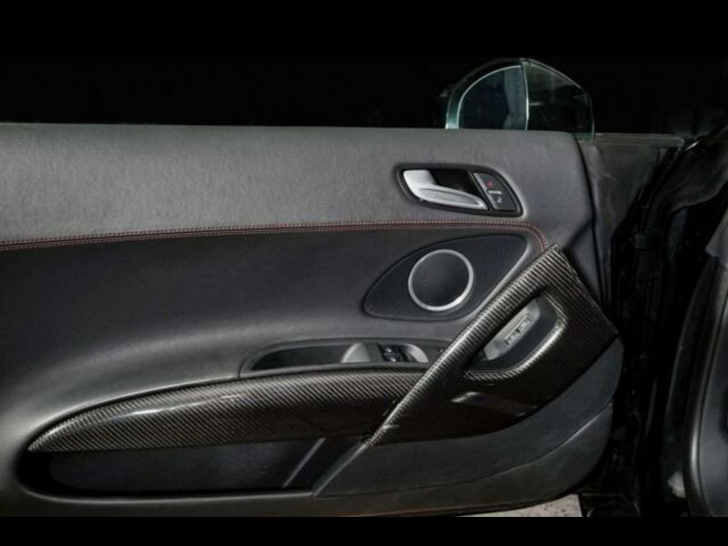 Audi R8 V8 4.2 FSI 420 ch Noir occasion à BEAUPUY - photo n°5
