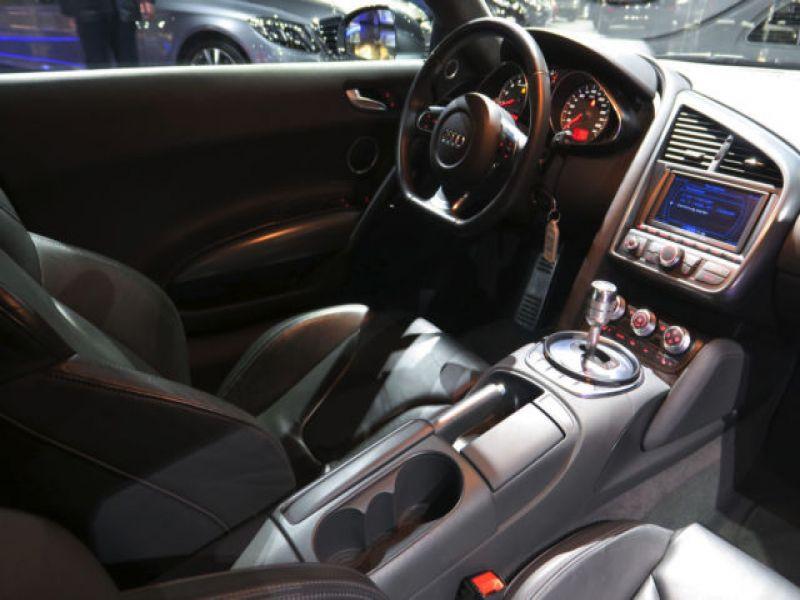 Audi R8 V8 4.2 FSI 420 ch Gris occasion à BEAUPUY