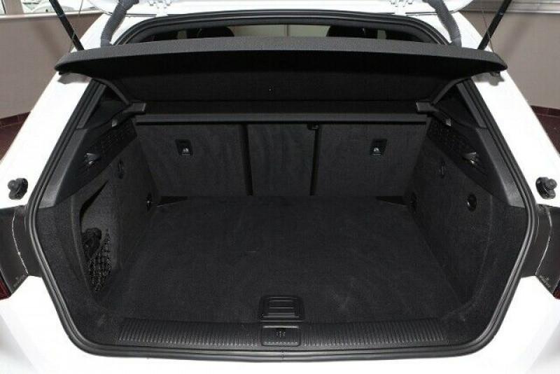 Audi RS3 Sportback 2.5 TFSI 400CH QUATTRO S TRONIC 7 Blanc occasion à Villenave-d'Ornon - photo n°6