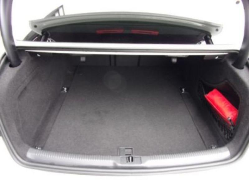 Audi RS5 4.2 FSI Blanc occasion à Beaupuy - photo n°6