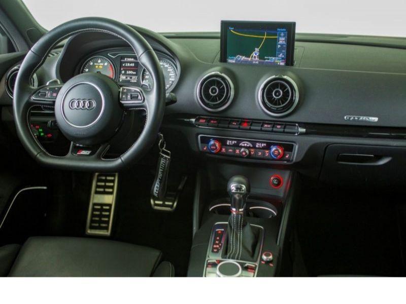 Audi S3 2.0 TFSI 300 Noir occasion à Beaupuy - photo n°2