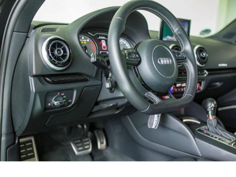 Audi S3 2.0 TFSI 300 Noir occasion à Beaupuy - photo n°4