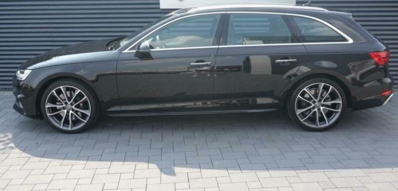Audi S4 Avant 3.0 V6 TFSI 354CH QUATTRO TIPTRONIC 8 Noir occasion à Villenave-d'Ornon - photo n°3