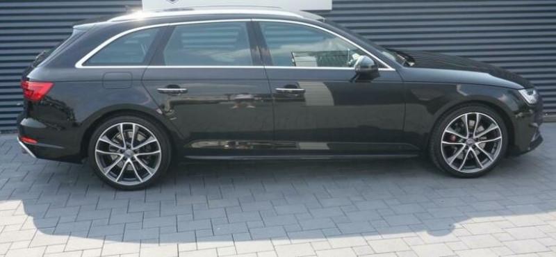 Audi S4 Avant 3.0 V6 TFSI 354CH QUATTRO TIPTRONIC 8 Noir occasion à Villenave-d'Ornon - photo n°4