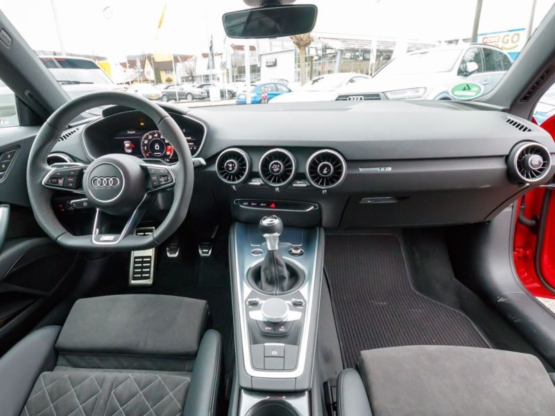 Audi TT Coupe Coupé 2.0 TFSI 230 S Line Rouge occasion à Beaupuy - photo n°2