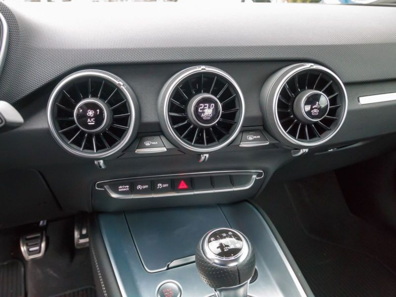 Audi TT Coupe Coupé 2.0 TFSI 230 S Line Rouge occasion à Beaupuy - photo n°8