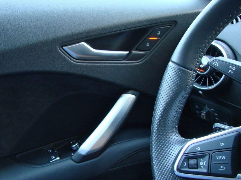 Audi TT Coupe Coupé 2.0 TFSI Quattro 230 S Line Gris occasion à Beaupuy - photo n°8