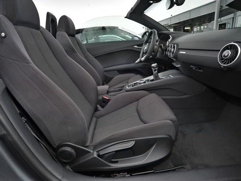 Audi TT roadster 2.0 TDI 184 Gris occasion à Beaupuy - photo n°4