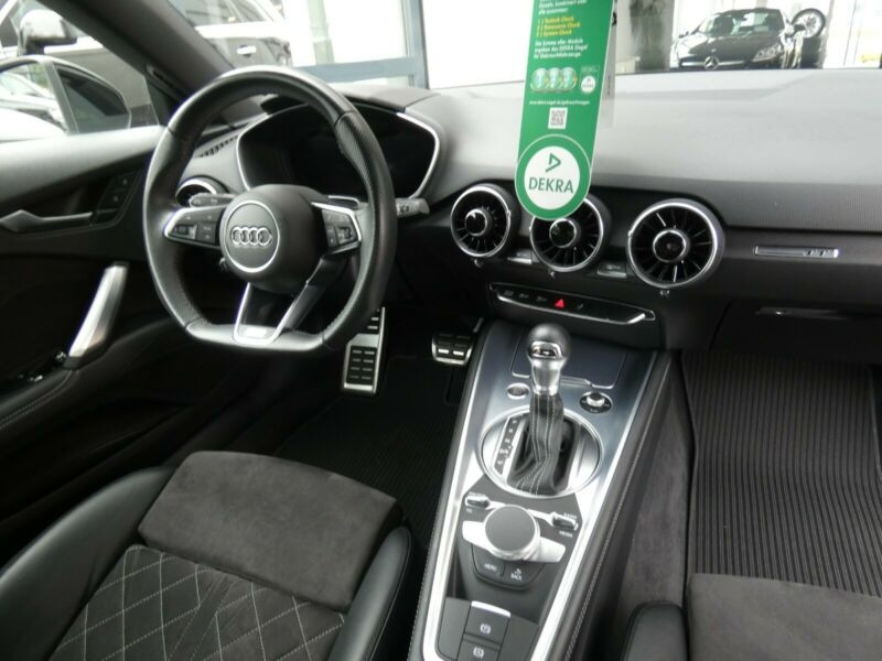 Audi TT 2.0 TFSI 230CH S LINE S TRONIC 6 Blanc occasion à Villenave-d'Ornon - photo n°9