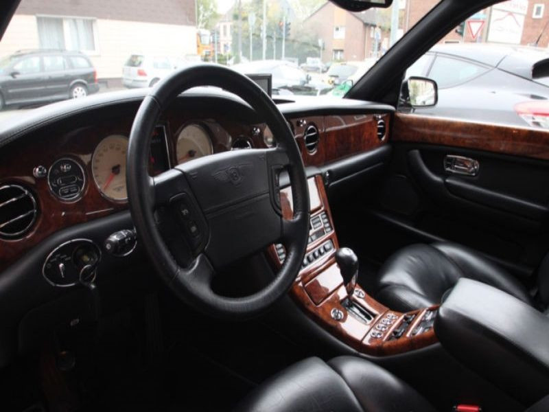 Bentley Arnage 6.75 V8 405 RED LABEL BVA 42 900 € Noir occasion à BEAUPUY - photo n°4