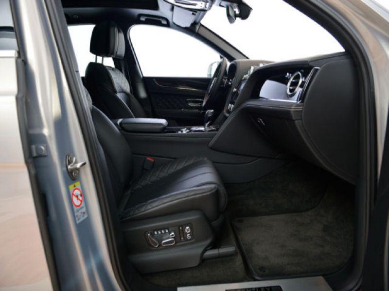 Bentley Bentayga W12 Gris occasion à BEAUPUY - photo n°4