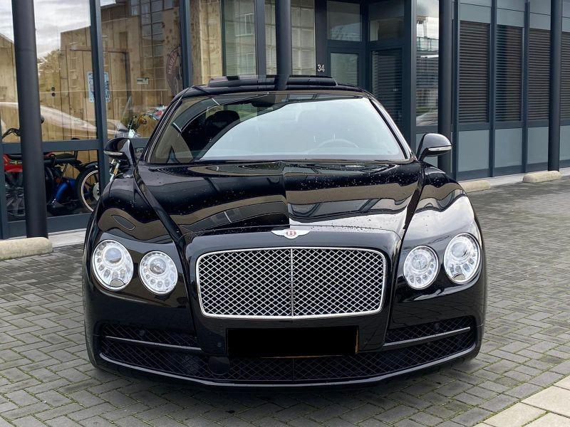 Bentley CONTINENTAL FLYING SPUR 4.0 V8 Mulliner Noir occasion à BEAUPUY - photo n°8