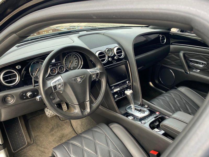 Bentley CONTINENTAL FLYING SPUR 4.0 V8 Mulliner Noir occasion à BEAUPUY - photo n°2