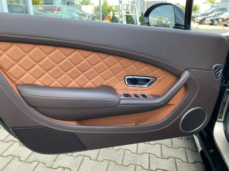 Bentley CONTINENTAL GT 4.0 V8 S MULLINER Noir occasion à BEAUPUY - photo n°8