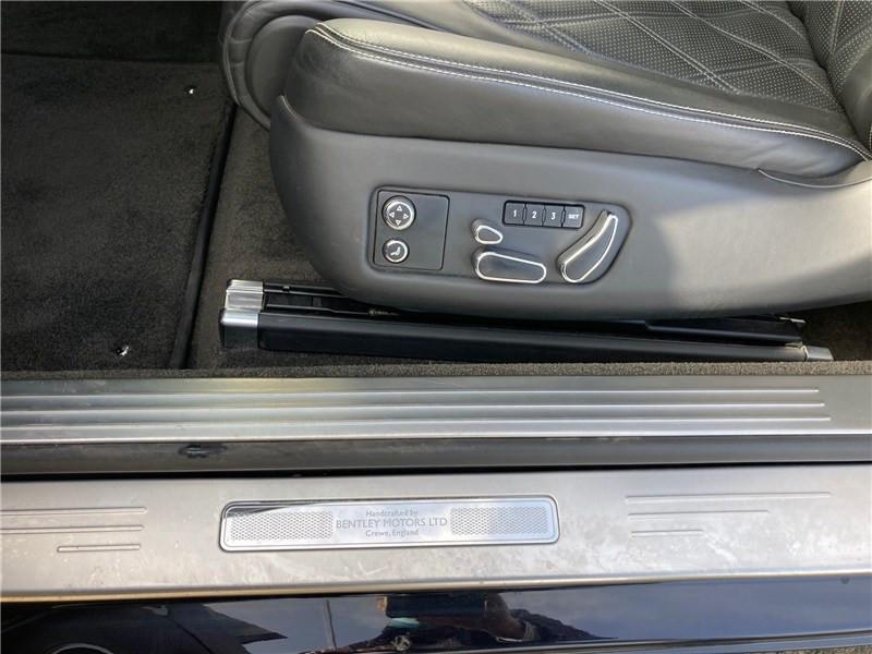 Bentley CONTINENTAL GT W12 6.0 575 CH A Noir occasion à MERIGNAC - photo n°13