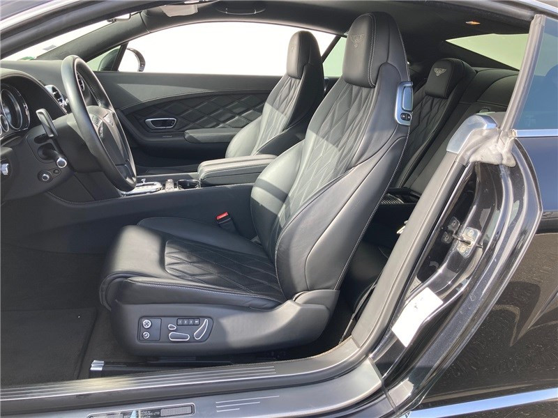 Bentley CONTINENTAL GT W12 6.0 575 CH A Noir occasion à MERIGNAC - photo n°9
