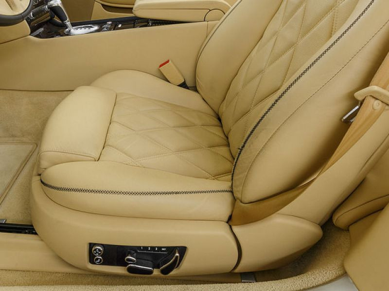 Bentley CONTINENTAL GTC W12 Gris occasion à BEAUPUY - photo n°5