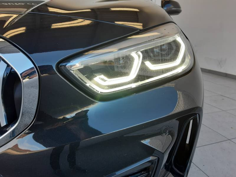 Bmw 116 F40 116d 116 ch DKG7 M Sport Noir occasion à Lescar - photo n°11