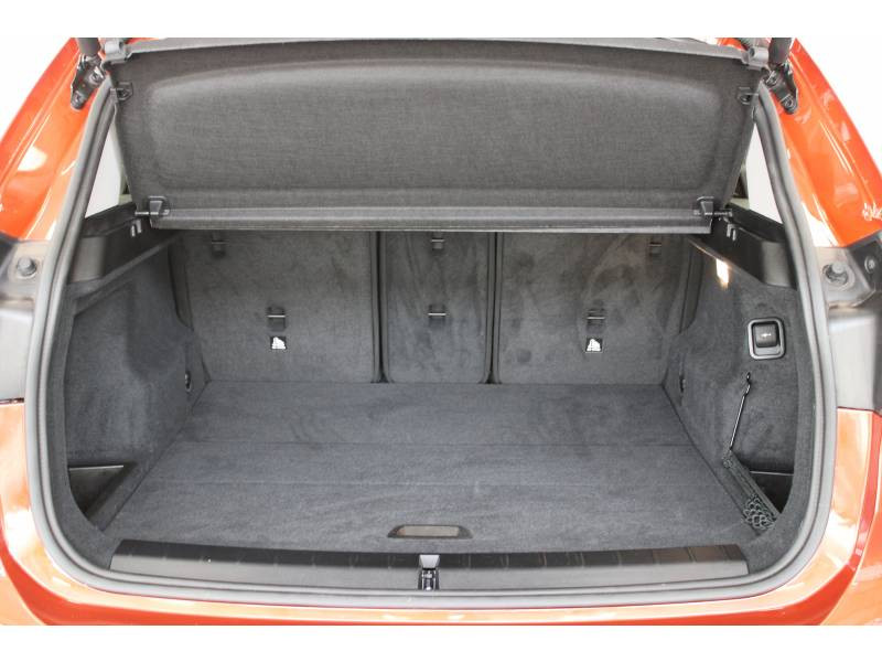 Bmw 116 F48 sDrive 16d 116 ch Business Design Orange occasion à Lescar - photo n°7