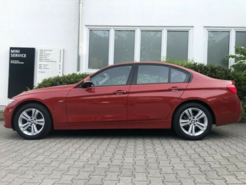 Bmw 316 316 i Sport Rouge occasion à Beaupuy - photo n°6