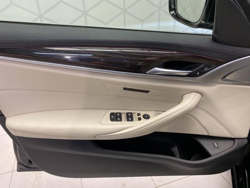 Bmw 520 G30 520d xDrive 190 ch BVA8 Luxury Noir occasion à Carcassonne - photo n°10