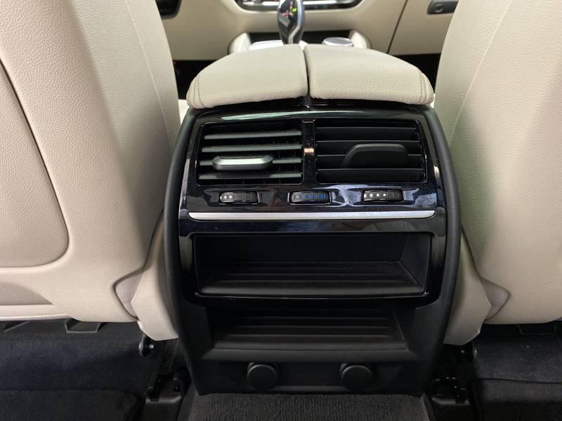 Bmw 520 G30 520d xDrive 190 ch BVA8 Luxury Noir occasion à Carcassonne - photo n°18
