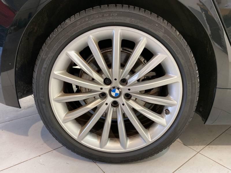 Bmw 520 G30 520d xDrive 190 ch BVA8 Luxury Noir occasion à Carcassonne - photo n°8