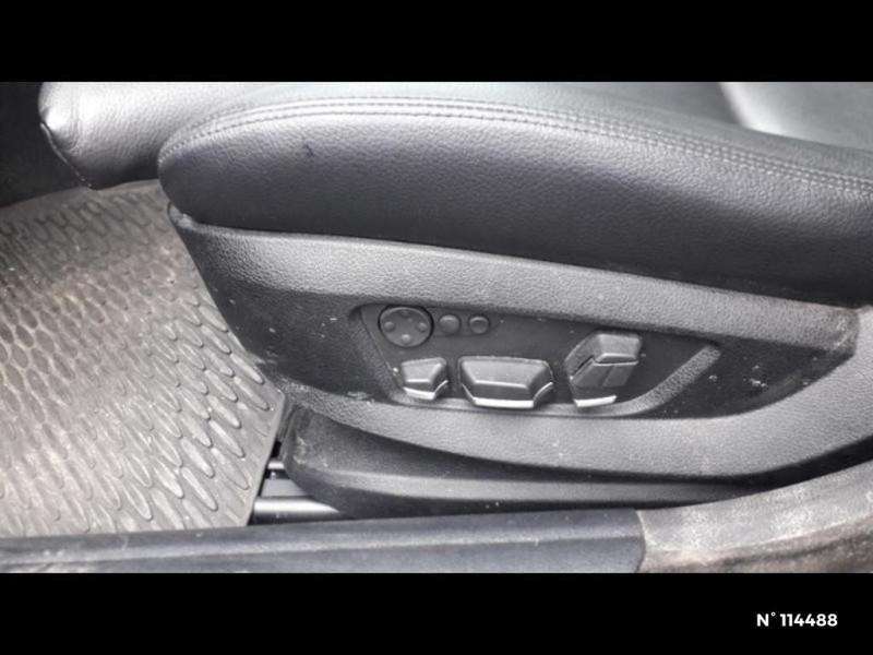 Bmw 530 530dA xDrive 258ch Confort Noir occasion à Montévrain - photo n°10