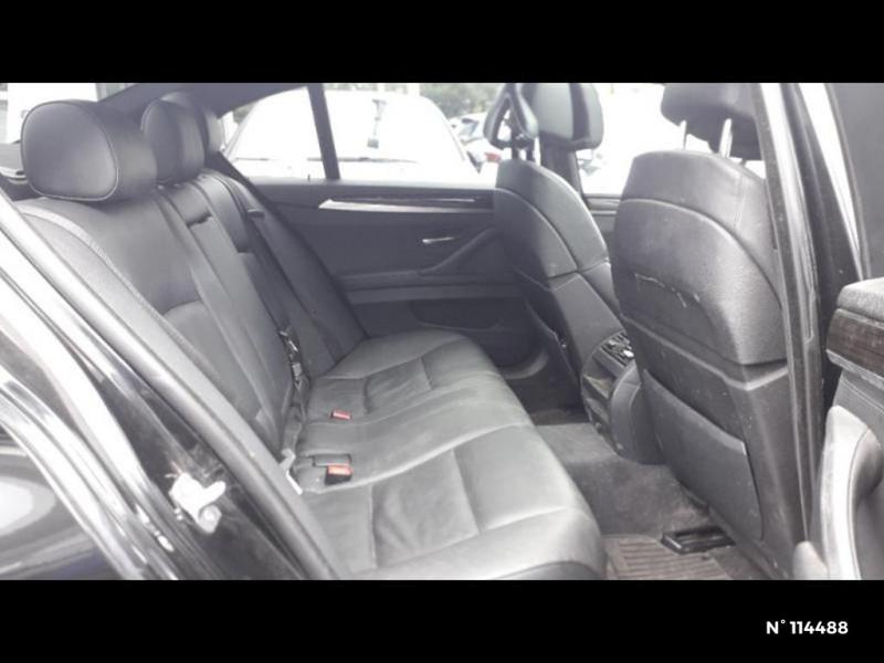 Bmw 530 530dA xDrive 258ch Confort Noir occasion à Montévrain - photo n°8