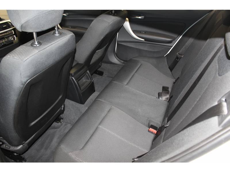 Bmw Serie 1 F20 LCI2 114d 95 ch Lounge Blanc occasion à Tarbes - photo n°17