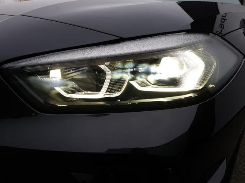 Bmw Serie 1 M135iA xDrive 306ch Noir occasion à Valframbert - photo n°8