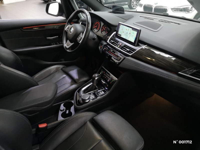 Bmw Serie 2 218dA 150ch Luxury Gris occasion à Beauvais - photo n°4