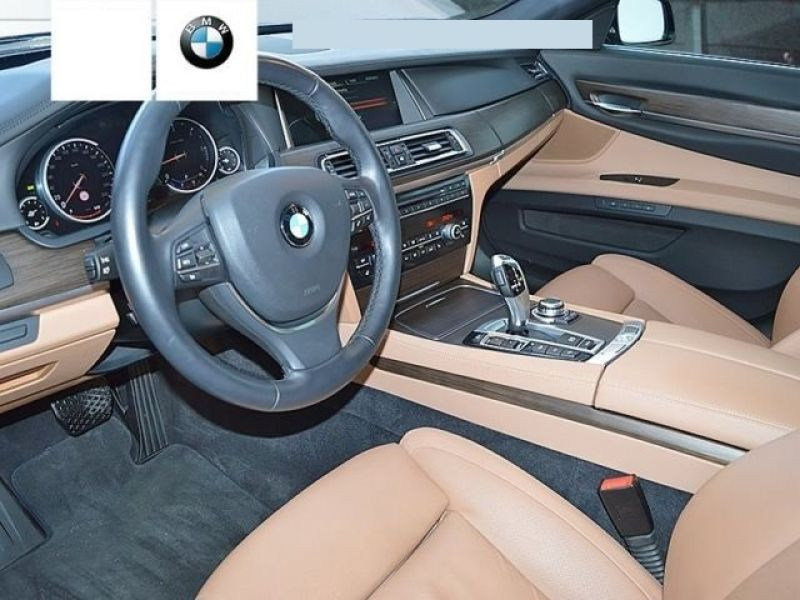 Bmw Serie 7 750 D xDrive Gris occasion à Beaupuy - photo n°4