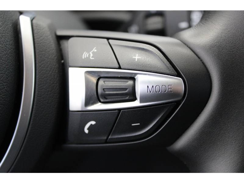 Bmw X1 F48 LCI sDrive 18d 150 ch BVA8 M Sport Blanc occasion à Lescar - photo n°17