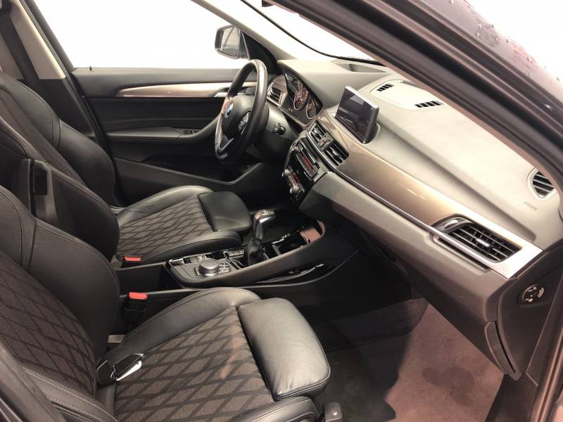 Bmw X1 F48 sDrive 18d 150 ch BVA8 xLine Gris occasion à Carcassonne - photo n°9
