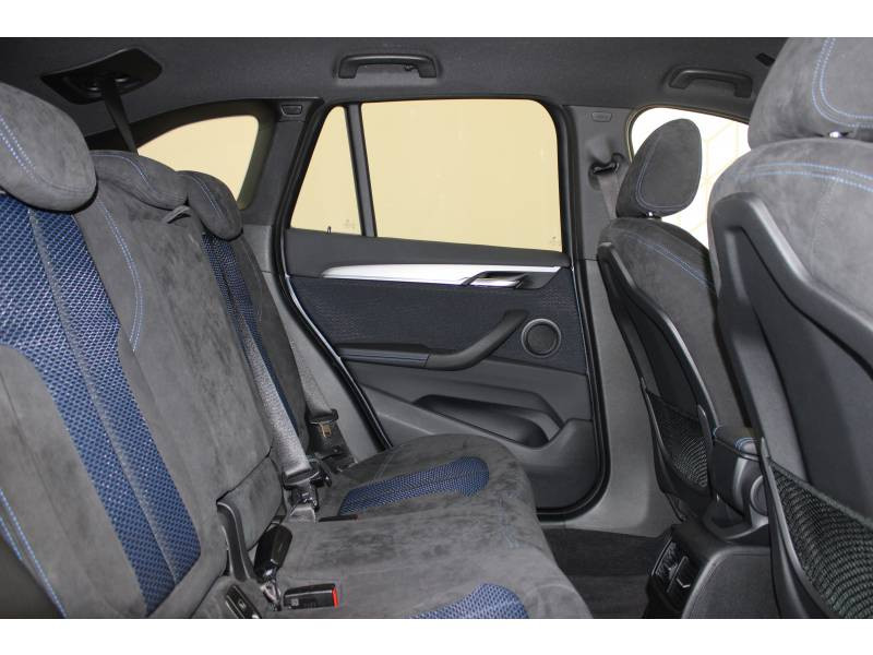 Bmw X1 F48 xDrive 18d 150 ch BVA8 M Sport Gris occasion à Lescar - photo n°10