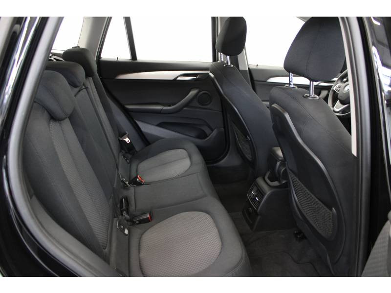 Bmw X1 F48 xDrive 20d 190 ch BVA8 Lounge Noir occasion à Lescar - photo n°10
