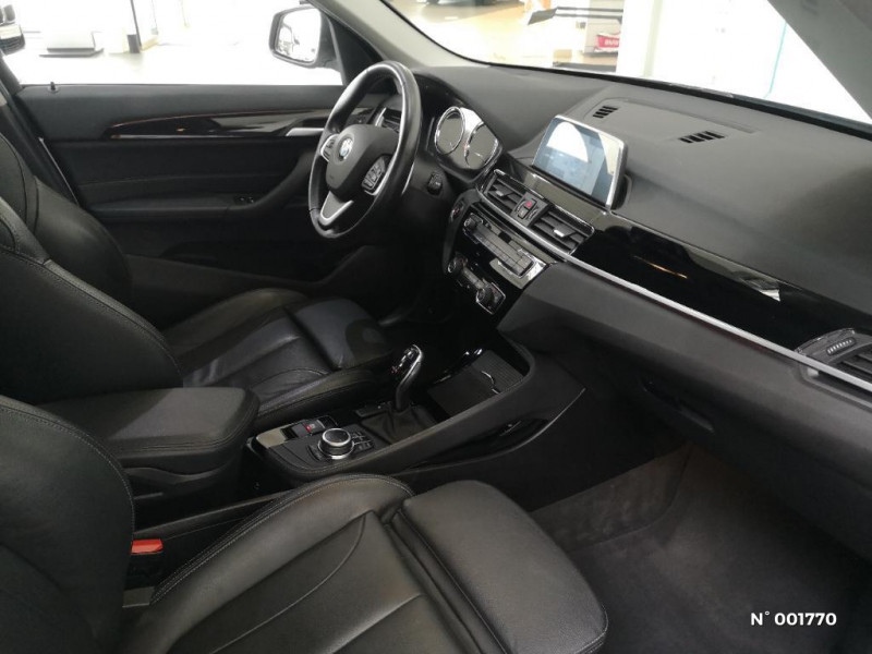 Bmw X1 sDrive18dA 150ch xLine Gris occasion à Beauvais - photo n°4