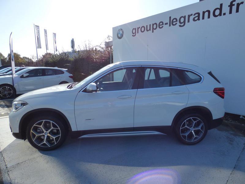 Bmw X1 sDrive18iA 140ch xLine DKG7 Blanc occasion à Laval - photo n°4