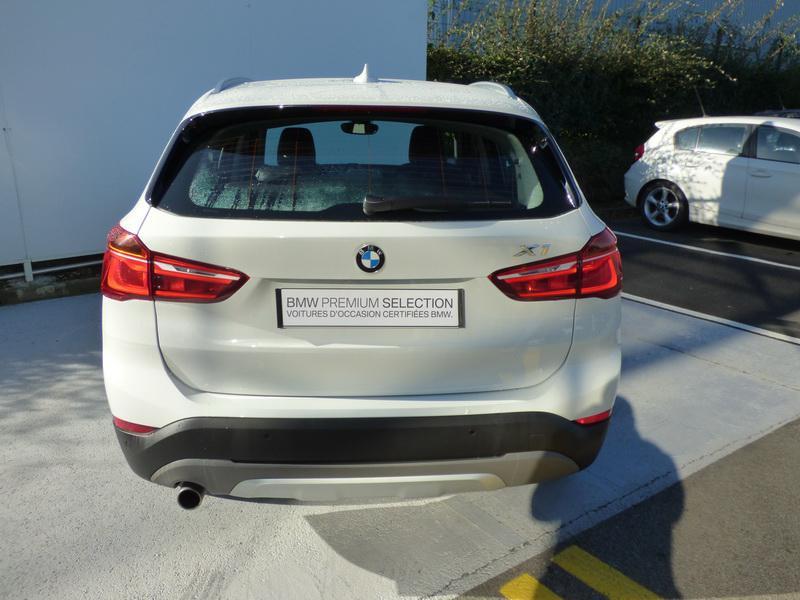 Bmw X1 sDrive18iA 140ch xLine DKG7 Blanc occasion à Laval - photo n°6