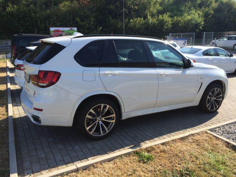 Bmw X5 30 D xDrive 258 Pack M Blanc occasion à Beaupuy - photo n°3