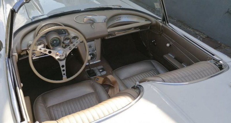Chevrolet Corvette V8 283 CI Blanc occasion à CHAGNY - photo n°6