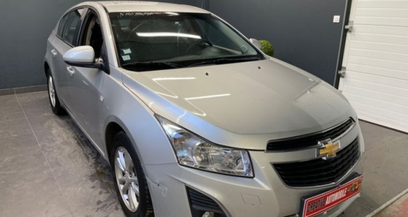 Chevrolet Cruze 1.7 VCDi 130 CV 116 000 KMS Gris occasion à COURNON D'AUVERGNE - photo n°6