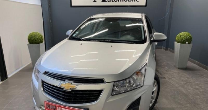 Chevrolet Cruze 1.7 VCDi 130 CV 116 000 KMS Gris occasion à COURNON D'AUVERGNE