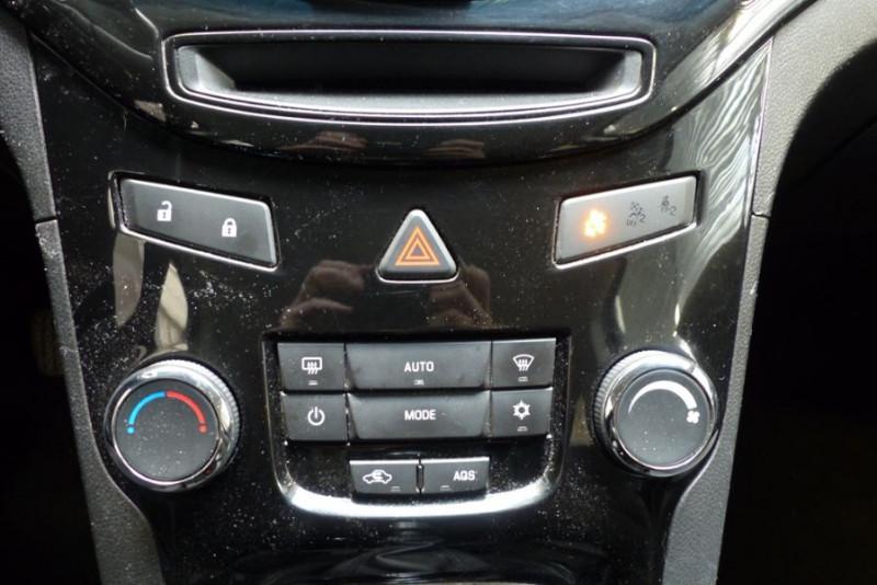 Chevrolet Orlando 2.0 VCDI163 LTZ Noir occasion à Challans - photo n°7